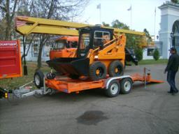 «АСМ-Красноярск» предлагает прицепы для перевозки минипогрузчиков, катков до 10 тонн