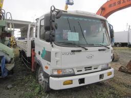 Продам бортовой с краном манипулятором ( борт+кран )  Hyundai Gold 5 тонн, 2004 года.