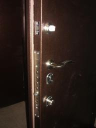 Металлические входные двери индивидуальных размеров