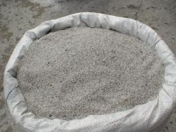 Кварцевый песок фракция 0,6-2,5 мм (50 кг). Цена указана за 1 кг.