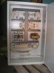 Щит распределительный с узлом учета электроэнергии и АВР на 63А