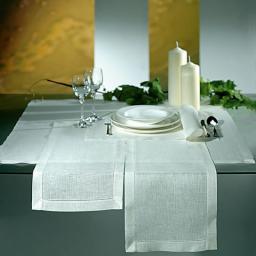 Белая столовая дорожка 45х120 с мережкой