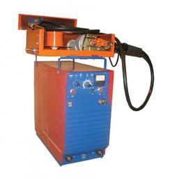 Полуавтомат сварочный А-547 УМ в комплекте подающий механизм А547УМ ,пульт управления, кабель соединительный.