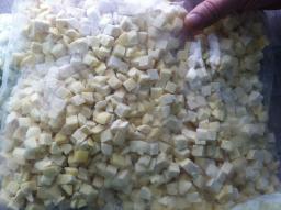 Картофель резаный кубиком замороженный
