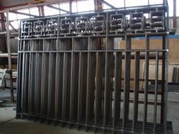 Столбы для заборов металлические