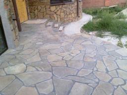 Камень природный облицовочный песчаник, для мощения.