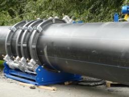 Монтаж полиэтиленовых трубопроводов методом стыковой сварки