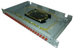 Кросс в стойку стандартный, используется со всеми типами волоконно-оптических кабелей.
