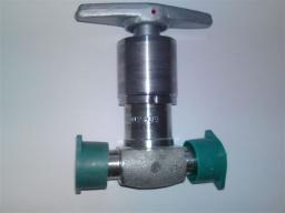 Клапан сильфонный С26410-010М (ст.08Х18Н10Т) Ду.10 Ру.200