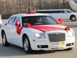 Автомобиль на свадьбу, прокат украшений на свадебный автомобиль