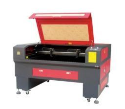 Лазерные граверы Rimal снабжены высокоточным шаговым двигателем, обеспечивающим высокую скорость и точность.