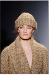Пряжа шерсть «Темная Ночь» для вязания. Дешево.