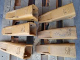 Коронка рыхлителя бульдозера Komatsu D-355 195-78-21331