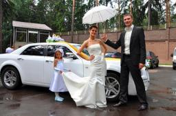 Пассажирские перевозки. Объслуживание свадеб: головное авто, лимузины, микроавтобусы, минивены, автобусы.