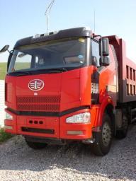 Самосвал FAW 8x4 375 л.с.