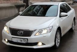 Заказать Vip такси Toyota Camry V50 с водителем
