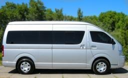 Микроавтобус Toyota Hiace (11 мест)