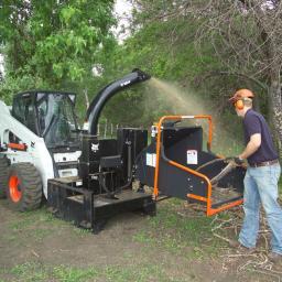 Навесное оборудование Bobcat - измельчитель древесины