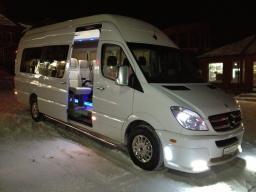 различные микроавтобусы с водителем,любой маршрут