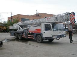 Автокран ZOOMLION QY25V542.1