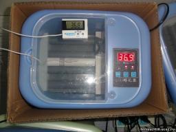 инкубатор автоматический JN1-9 на 9 яиц.