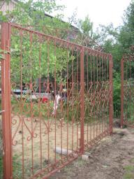 Ворота распашные с узором