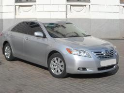 Заказть такси Toyota Camry V40