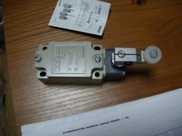 Концевой выключатель D4B-1111N