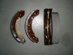 Колодка тормозная задняя BREEZ (комплект) (L3502101)