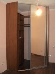 Шкафы для гардеробной комнаты №8