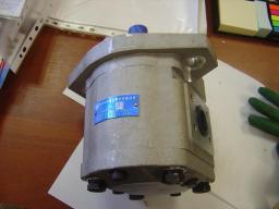 Насос хода (КПП) 1V11027 CBFP-E671