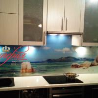 Кухонные фартуки из стекла с фотопечатью в СПБ