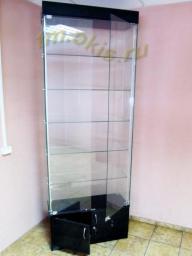 Стеклянная витрина, изготовленная по технологии сверления