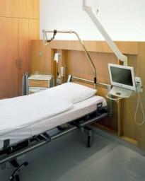 Медицинский пластик hpl. Панели стеновые для отделки медицинских объектов. Панели hpl декоративные для стен.