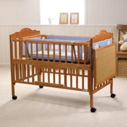 Кроватка Geoby МС609А