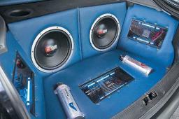 Установка авто-аудио аппаратуры