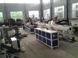 Экструзионное оборудование по производству однослойных гофрированных шлангов из ПП/ПЭ/ПВХ