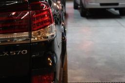 Расширители колесных арок WALD +30mm на Lexus LX 570