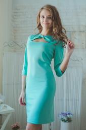 Платье бирюзовое с вырезом