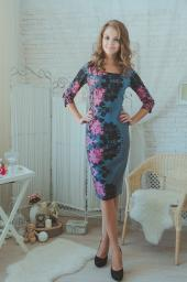 Платье серое с розовыми цветами