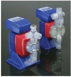 Насос - дозатор химический Iwaki EZB15D1 с электронным регулированием 0- 3,8 л/ч