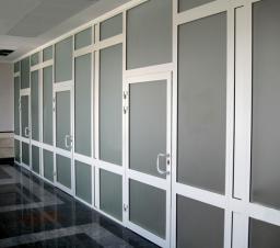 Двери алюминиевые из теплого профиля