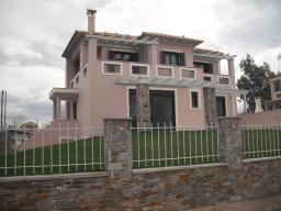 Греция, отличный дом в городке Оропос
