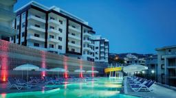 Турция. Продаются элитные квартиры и виллы в Комплексе, который расположен на одной из возвышенности Таврских гор