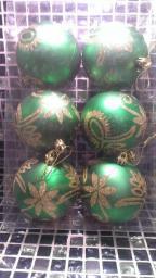 Игрушки на елку Шарики однотонные.: Украшение для елки зеленые шары 6шт.