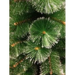 Искусственная зеленая елка с напылением снег: Искусственная елка зеленая снег 1.8м.