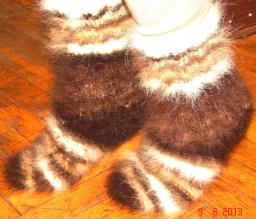 Вязание зимних носок из собачьей шерсти на заказ.