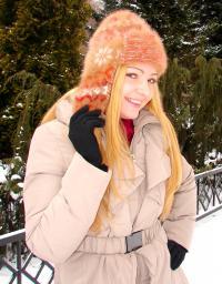 Шапка «Золотая Фея» женская ручного вязания.