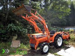 Трактор Kubota L1-24D