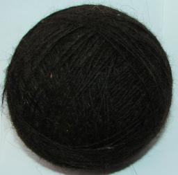 Пряжа из собачьей шерсти .Тонкая лечебная пряжа .Ручное вязание .